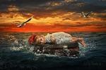 Девочка в море (фотоманипуляция)