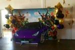 Фотозона ко дню рождения .Машина из пластика