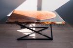Столик с оптической иллюзией.