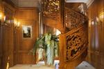 Дизайн и визуализация лестницы в классическом стиле
