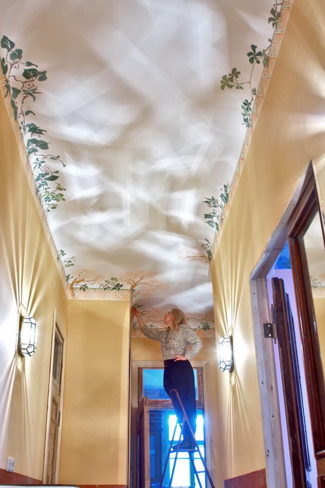Роспись потолка акрилом
