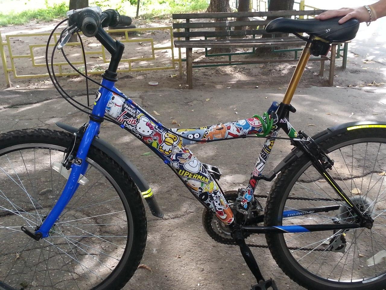 Стикербомбинг на велосипед