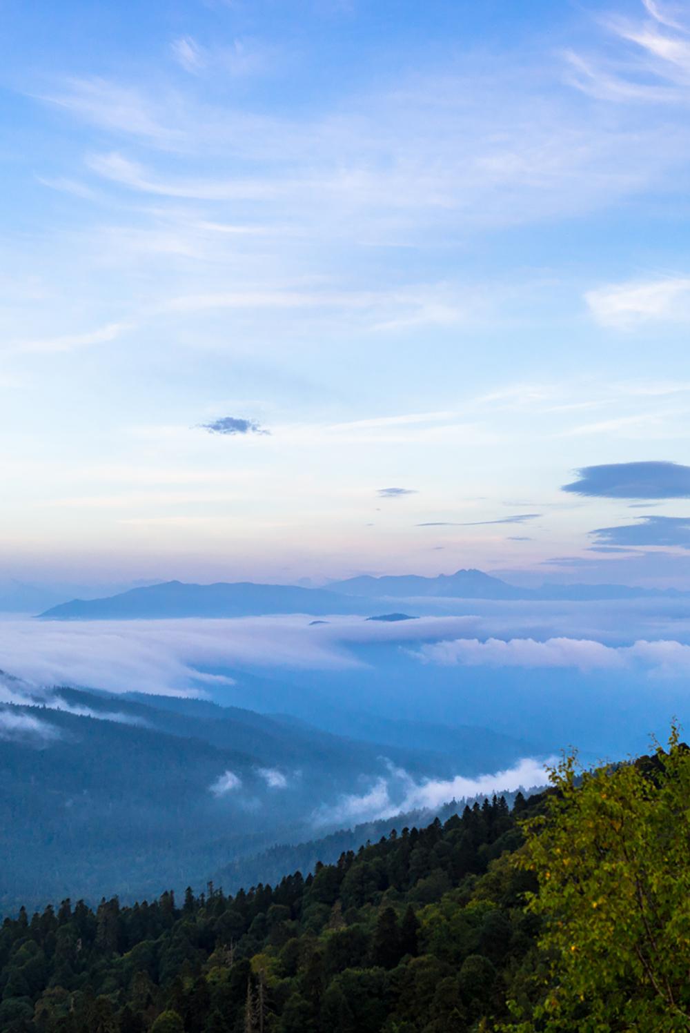 Вид с плато Лаго-Наки