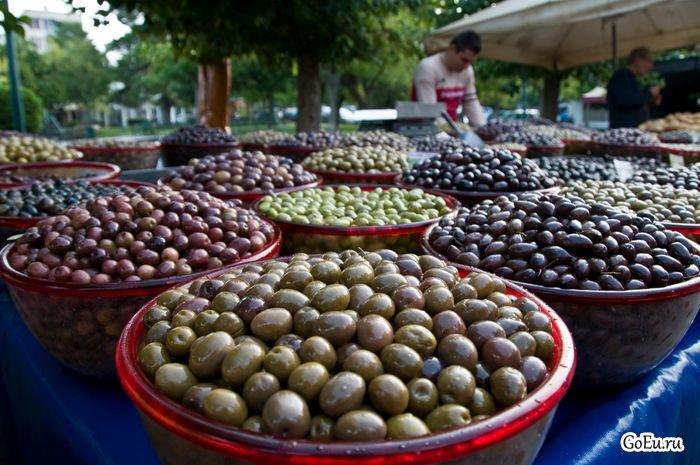 Ежегодный фестиваль оливок в испанской Баэне