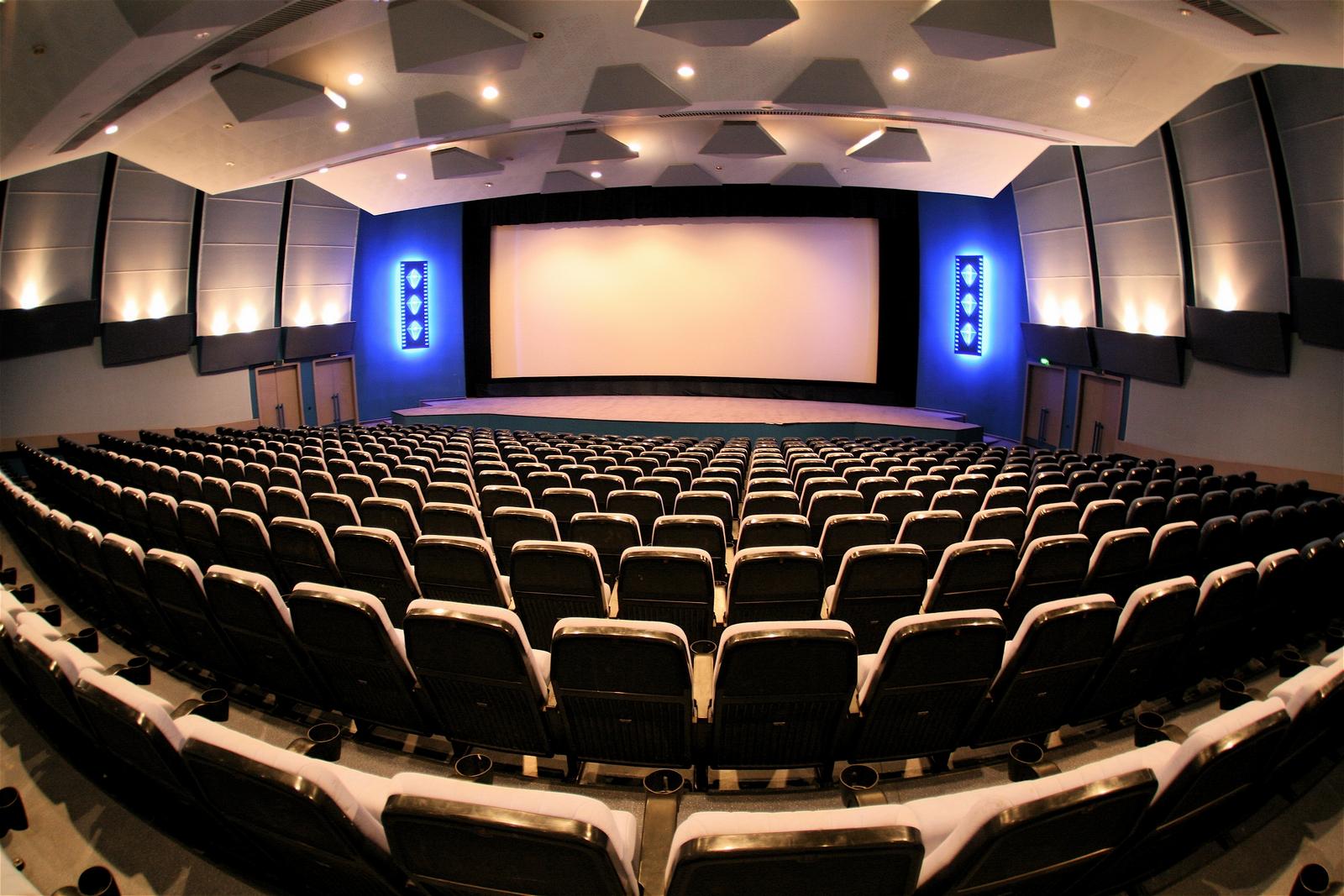 Слоган для акции онлайн-кинотеатра