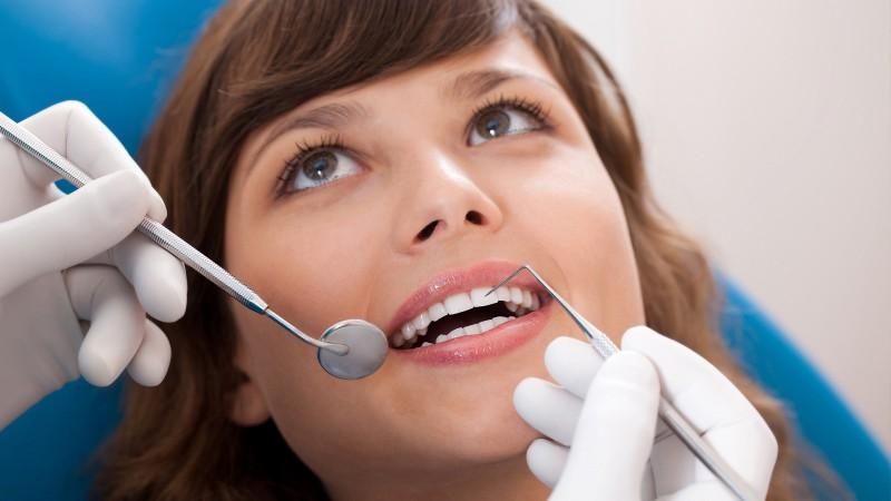 Правильное и своевременное лечение зубов