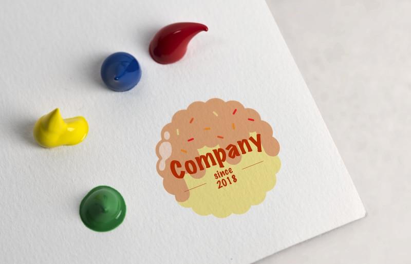 Компания сладостей