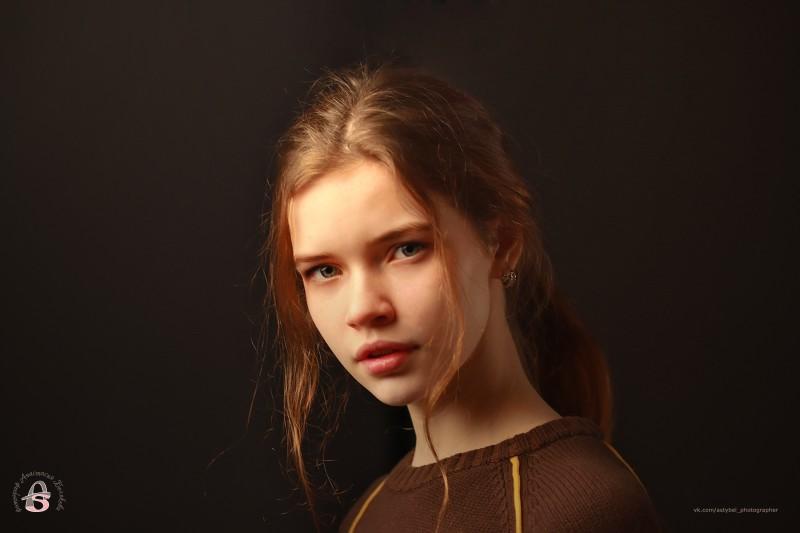 Последовательная девушка модель работ харьков работа веб моделью