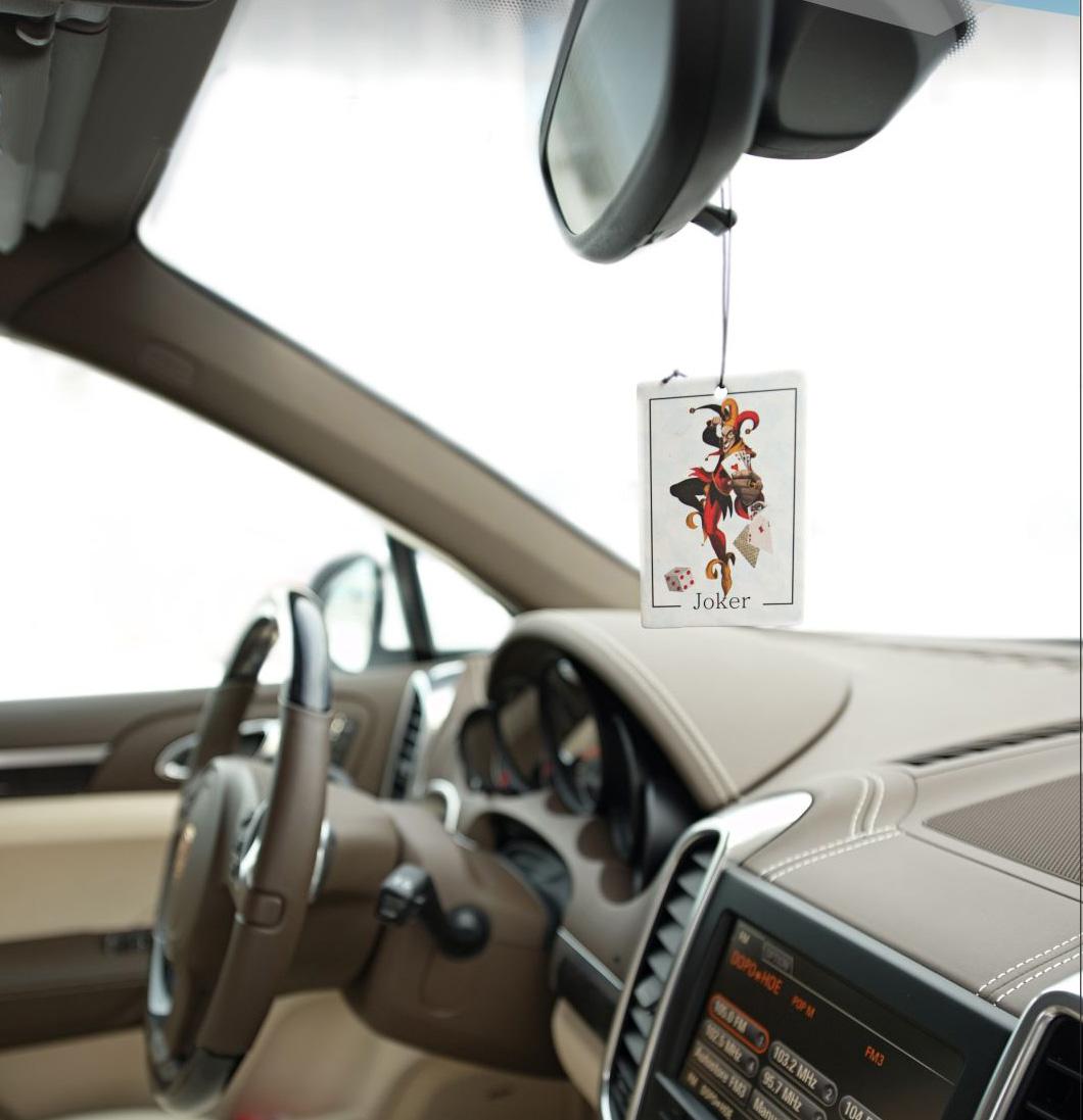 Карта-ароматизатор в автомобиль