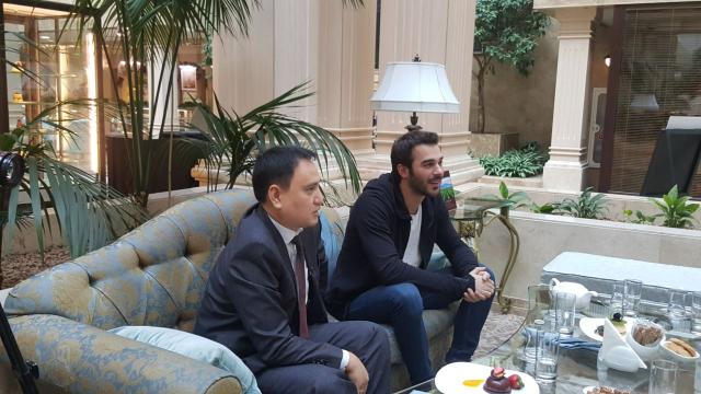 Интервью в Казахстане Юсуфа Чим, актера турецкого сериала