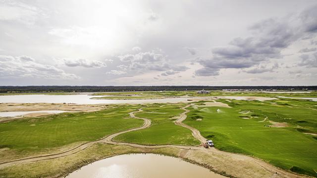 Аэрофотосъемка с дрона Гольф поле
