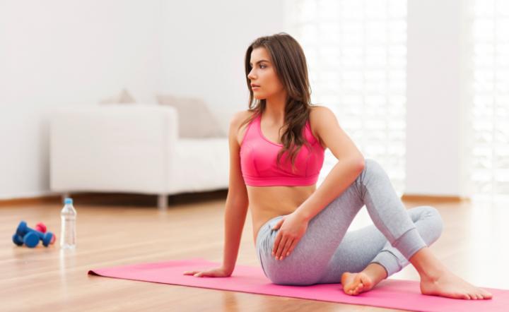 Фитнес занятия для похудения дома: комплекс упражнений