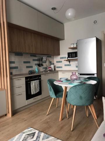 Реализованный проект кухни-гостиной