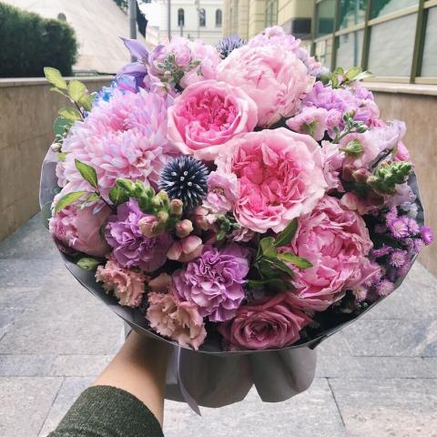 Нейминг и описание элитных цветочных букетов