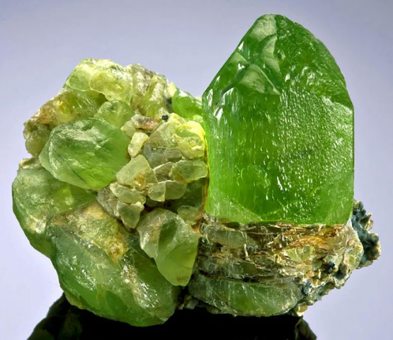 Очень красивый кристалл